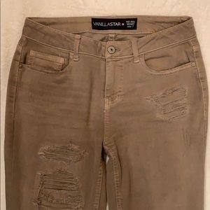 Tan colored skinny jean size 7
